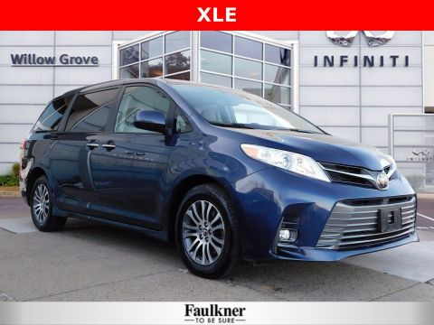 Pre-Owned 2020 Toyota Sienna XLE FWD Mini-van, Passenger